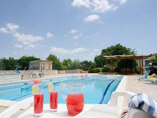 I Giardini di Lucia, relax piscina e idromassaggio