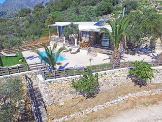 Amazing sea views, Private pool, Next to amenities, 5 minutes to the Beach
