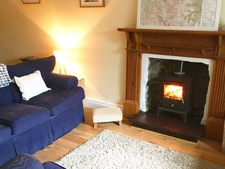 Ty Byr, Quarryman's cottage in Llanberis walkable to all amenities