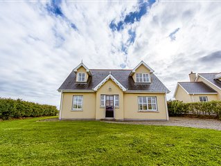 Detached  Spacious Cottage On The Wild Atlantic Way and The Loop Head Peninsula