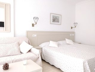 SALE! Apartment at 50 meters of the beach with wifi & privet kitchen & bathroom.