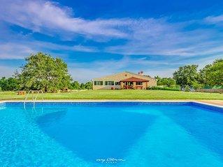 Family stone villa with private pool in Rovinj