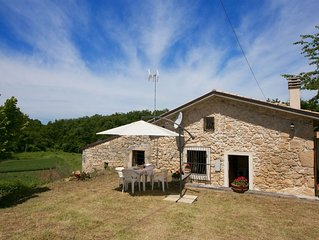 Vintage Cottage in Roccamorice with Garden