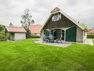 Authentic holiday home with a dishwasher, near Meppel