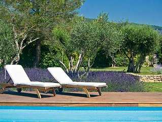 Brand New! Cote d'Azur: Stunning villa by the charming village of Tourrettes