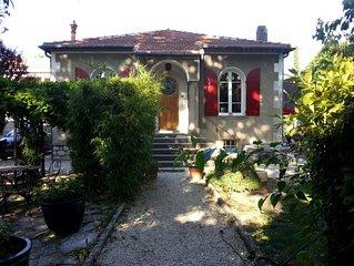 Maison au calme  avec jardin et espace jacuzzi - 5 mn d'Avignon