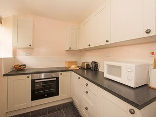 Riddles Cottage (Sleeps 4 + Baby)