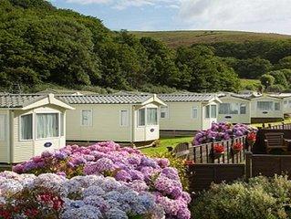 2 Bed Caravan, South Devon Coast nr Plymouth, 200m to Beach + Indoor Heated Pool