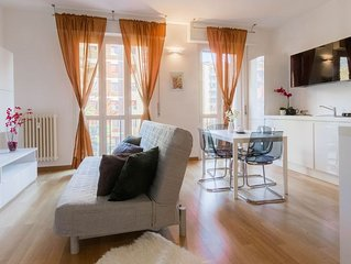Evergreen Area 2 apartment in Navigli with WiFi, air conditioning & balcony.