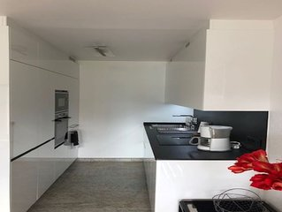 Appartement  T3 dans résidence privée avec piscine et garage