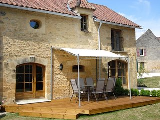 La Grange Mirabelle Is A Beautiful 3 Bedroom Converted Stone Barn Nr Sarlat