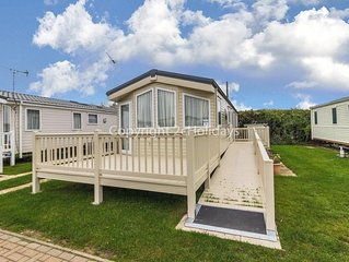 8 berth caravan for hire at California Cliffs, Scratby in Gt Yarmouth ref 50026M