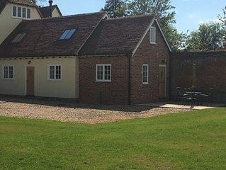Orchard Cottage - Newly Built Farmhouse Annexe