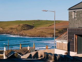 Luxury home Hawkers Cove with extensive sea views of Polzeath Beach