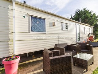 Retro theme 9 berth caravan for hire at Breydon water holiday ref 10031
