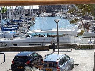 Centrumwoning met gratis parkeerplaats aan de jachthaven