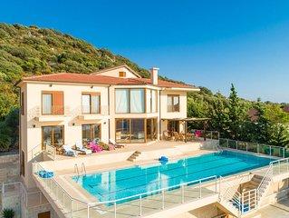 Villa Suzan: Large Private Pool, Sea Views, A/C, WiFi