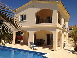 Luxury Holiday Villa, spectacular sea views/mountains (close to village)