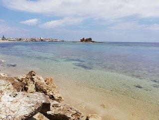 Casa vacanze a Marzamemi, a 50 mt dal mare e a 500 mt dal Centro storico.