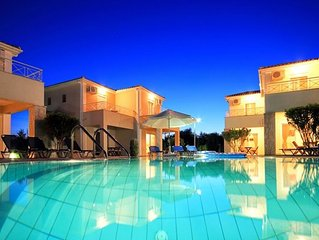Kalamaki Court (1 Bd) - charming small holiday complex with swimming pool