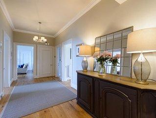 The Latch Apartment - Three Bedroom House, Sleeps 6