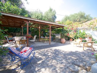 Marika's Cottage with nice garden and barbeque