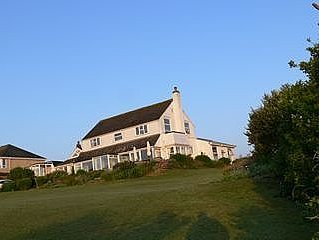 Secluded Ground floor Apartment With Sea Views On Golf Course.