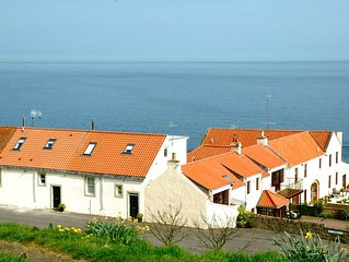 Seafront cottage With Stunning Panoramic Sea Views And Complimentary Wifi