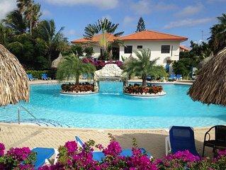 Appartement BonBininaCuracao Groot zwembad op bewaakt tropisch resort