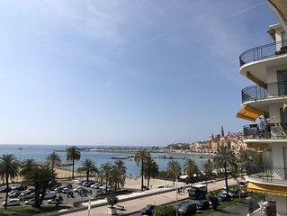 Superbe appartement moderne front de mer, equipement luxueux