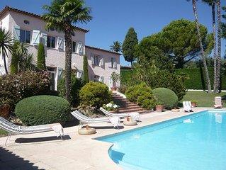 Spacious Family Villa- pool-tennis court-fantastic view of St-Paul De Vence