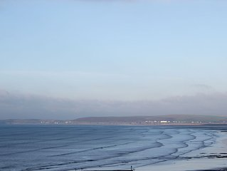 Flat With Sea Views overlooking Bideford Bay and 5 minutes walk to the Beach