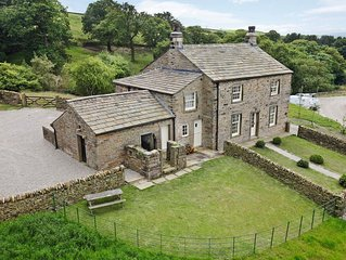 4 bedroom accommodation in Broughton, near Skipton