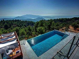 Villa NovaLuna is a rural retreat in fresh breeze of lofty hillsides in style