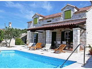 Beautiful 3 Bedroom Old Dalmatian Stone House With Private Pool