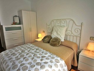 Apartamento de 2 habitaciones en el edificio   'El   Olivo' Baio a 10 min playa