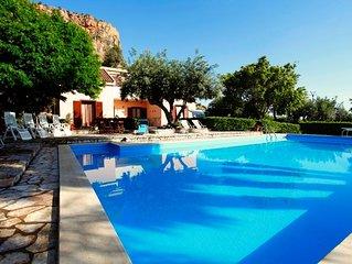 Scopello Villa con piscina vicino il mare, 8 posti letto