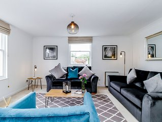 ★ Stylish Duplex apartment in St Clements, Oxford with roof terrace - sleeps 5 ★