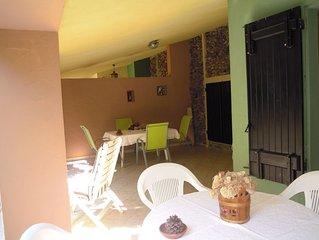 villetta con giardino in residence a Villasimius a 400 metri dal mare