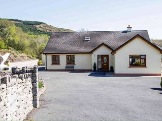Large luxury home to sleep 10 just 2 miles from Kenmare town centre