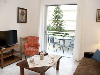 Homely 2 Bedroom Apartment Close to the Beach