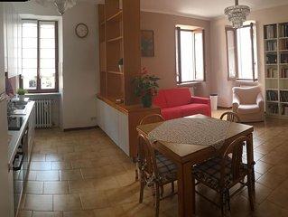 Comodo appartamento con parcheggio in centro a Desenzano