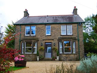Large Period House In Edale, Peak District, Derbyshire, England