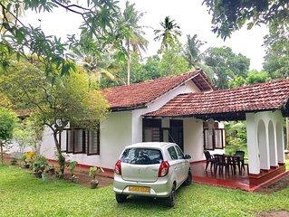 Sinhagiri Villa Midigama