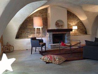 Vars Sainte Catherine: Le charme d'un appartement dans une maison ancienne
