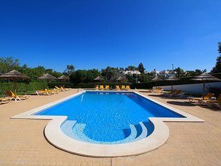 Townhouse Mia, Panoramic views of countryside, 2 Bedroom, Sleeps 6, Air-con & Co