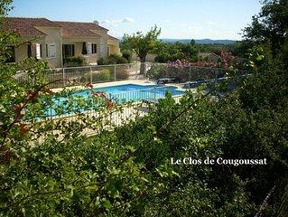MAISON mitoyenne dans la Vallée de la Cèze, avec piscine sur terrain clos de 400