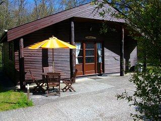 Heated Indoor Pool 2 bedroom lodge sleeps 4 set in 5acres of beautiful Woodland