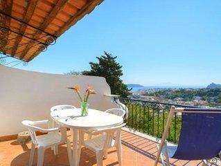 Villa Angela-Ischia Porto- Appartamento con 2 bagni e terrazza vista mare