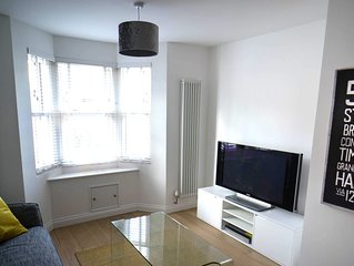 Beautiful, cozy victorian terraced house within a mile of Oxford City centre